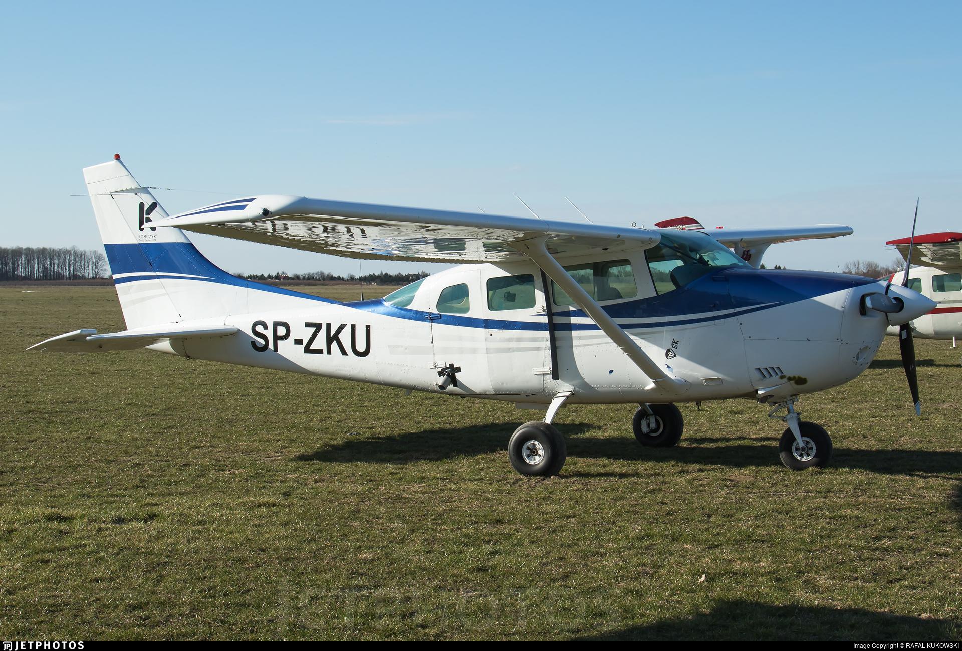 SP-ZKU - Cessna U206G Stationair - Private