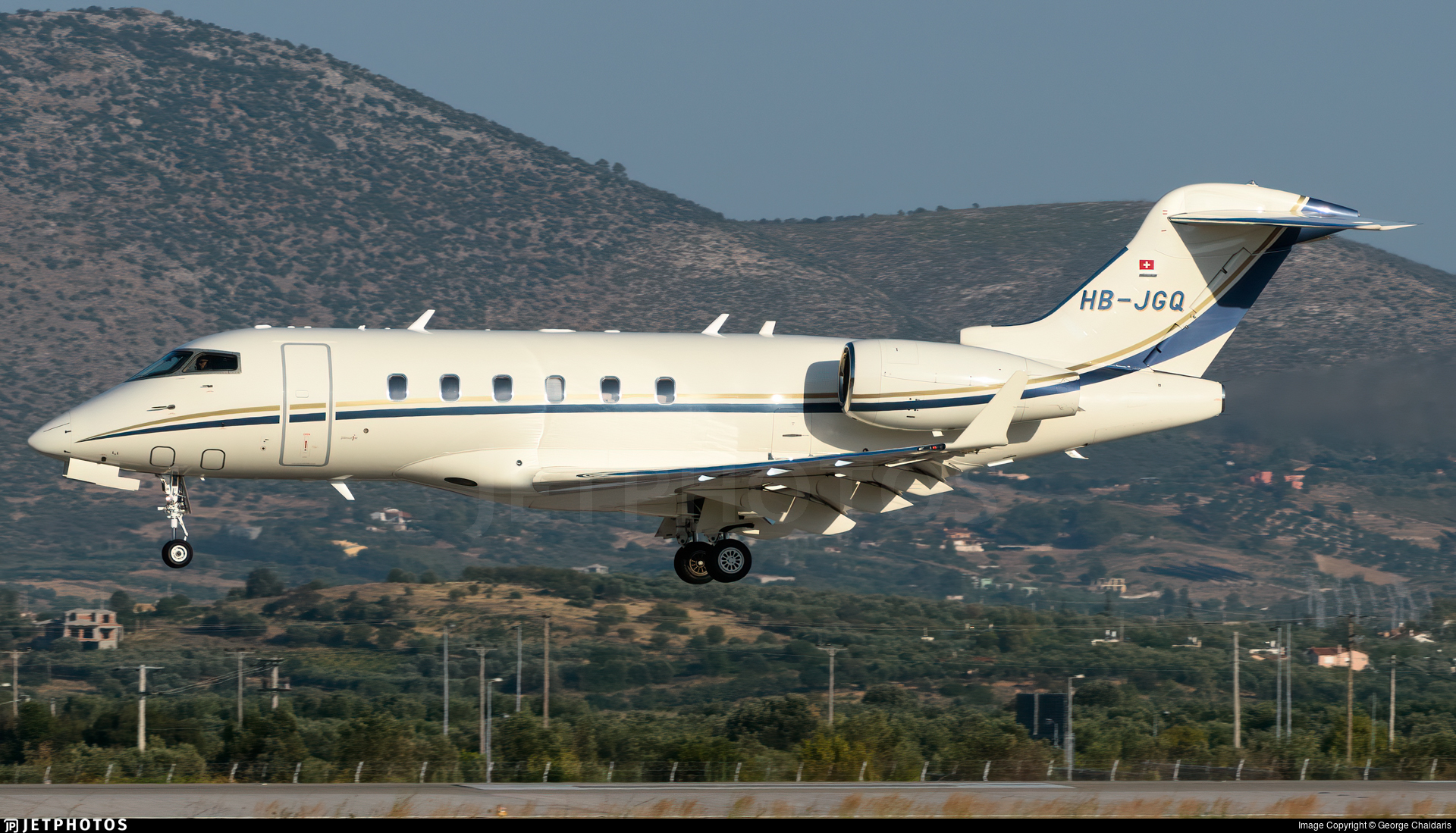 HB-JGQ - Bombardier BD-100-1A10 Challenger 300 - Premium Jet
