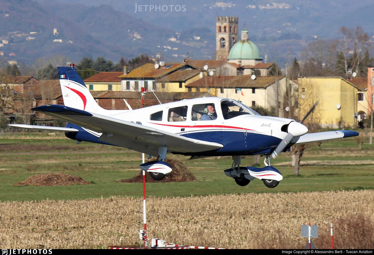 I-DECR - Piper PA-28-181 Cherokee Archer II - Private