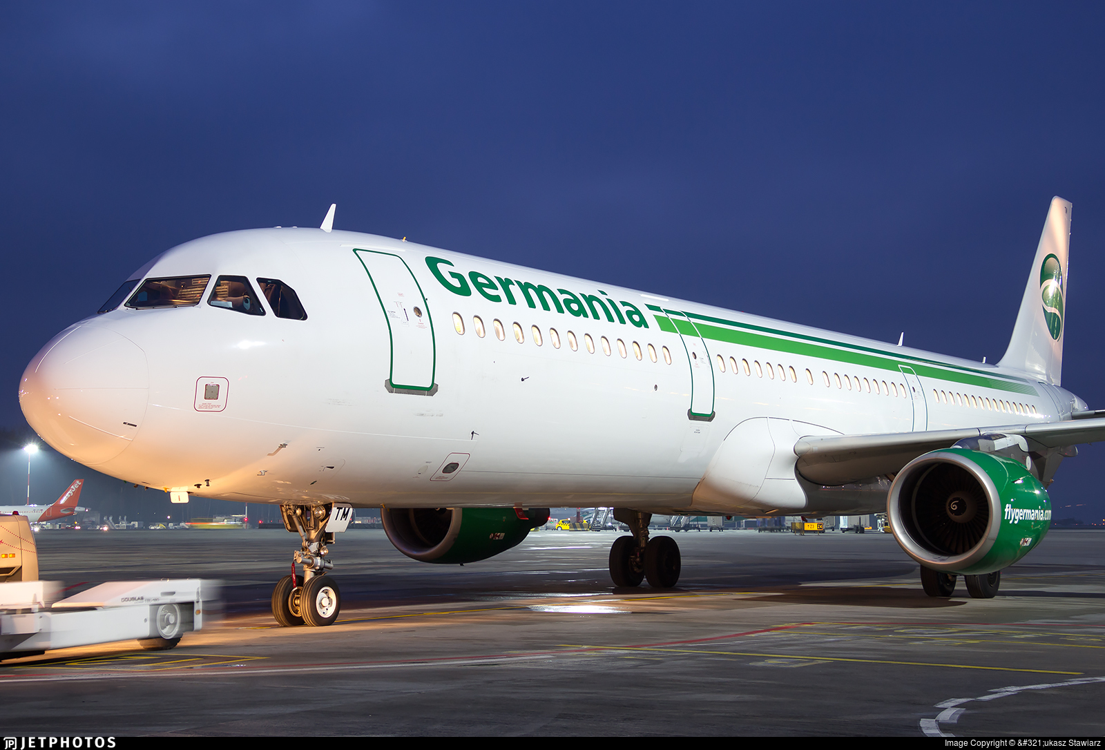 D-ASTM - Airbus A321-211 - Germania