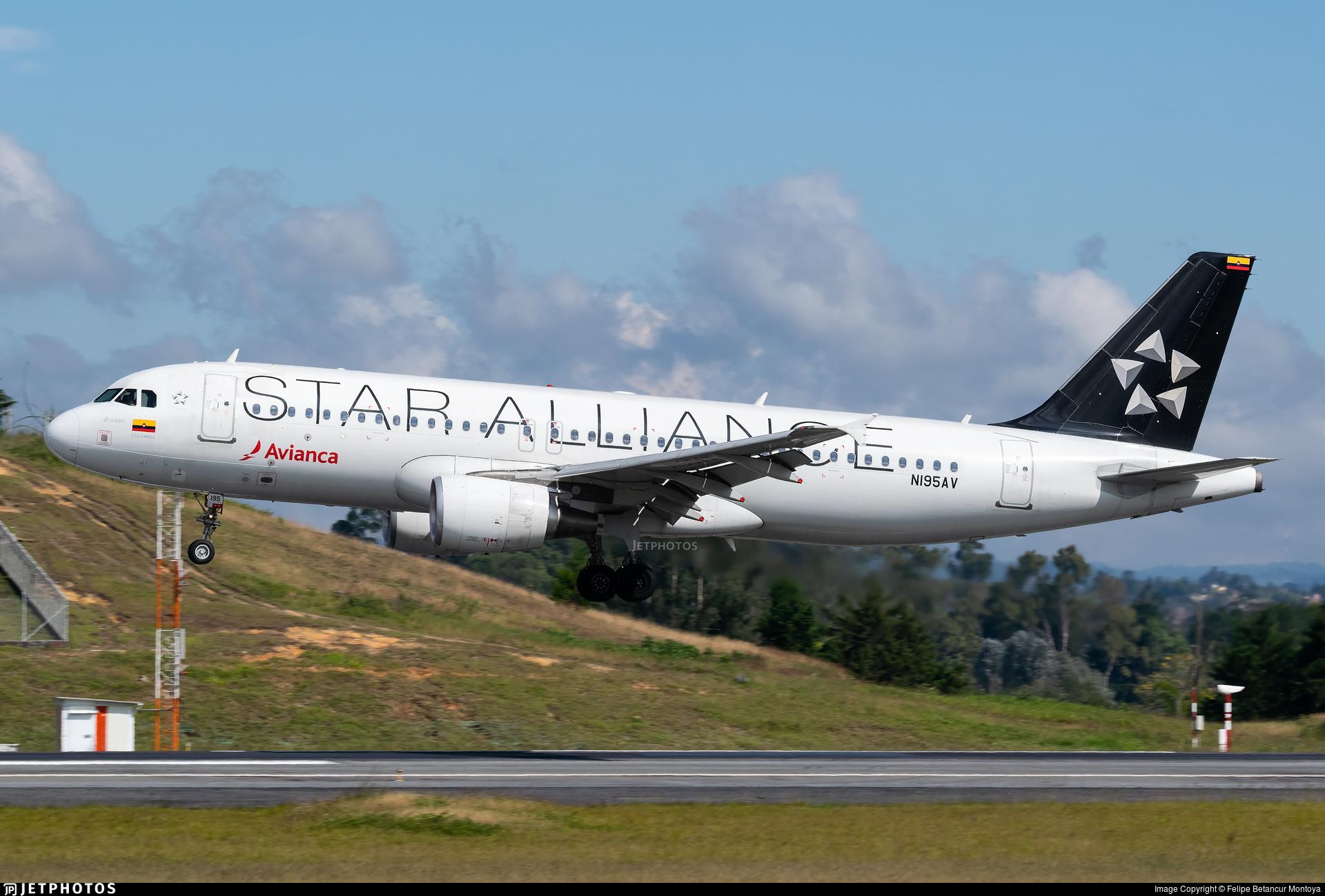 N195AV - Airbus A320-214 - Avianca