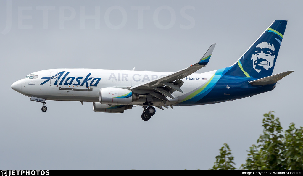 N625AS - Boeing 737-790(BDSF) - Alaska Air Cargo