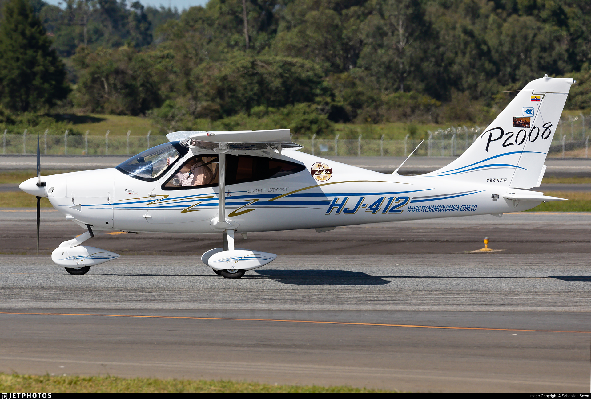 HJ-412 - Tecnam P2008 - Private