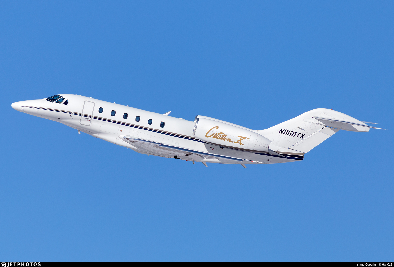 N860TX - Cessna 750 Citation X - Private