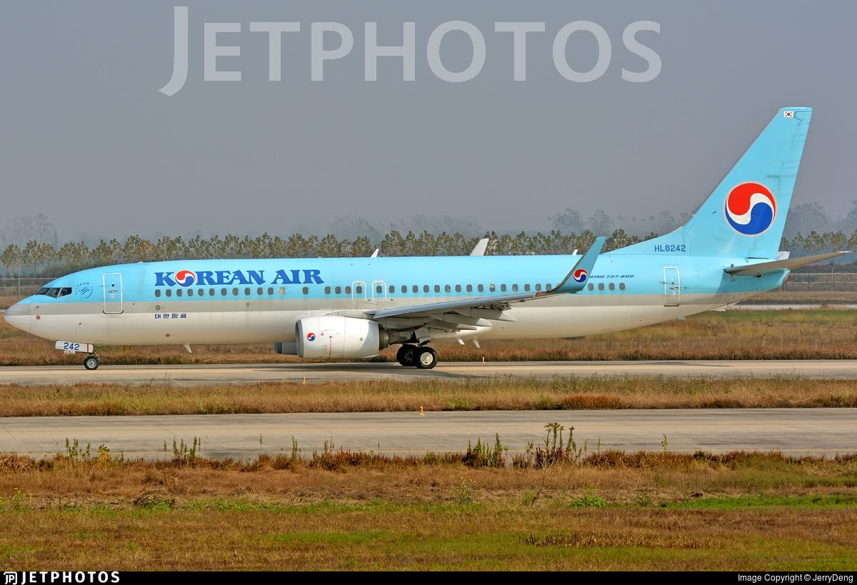 HL8242 - Boeing 737-8Q8 - Korean Air
