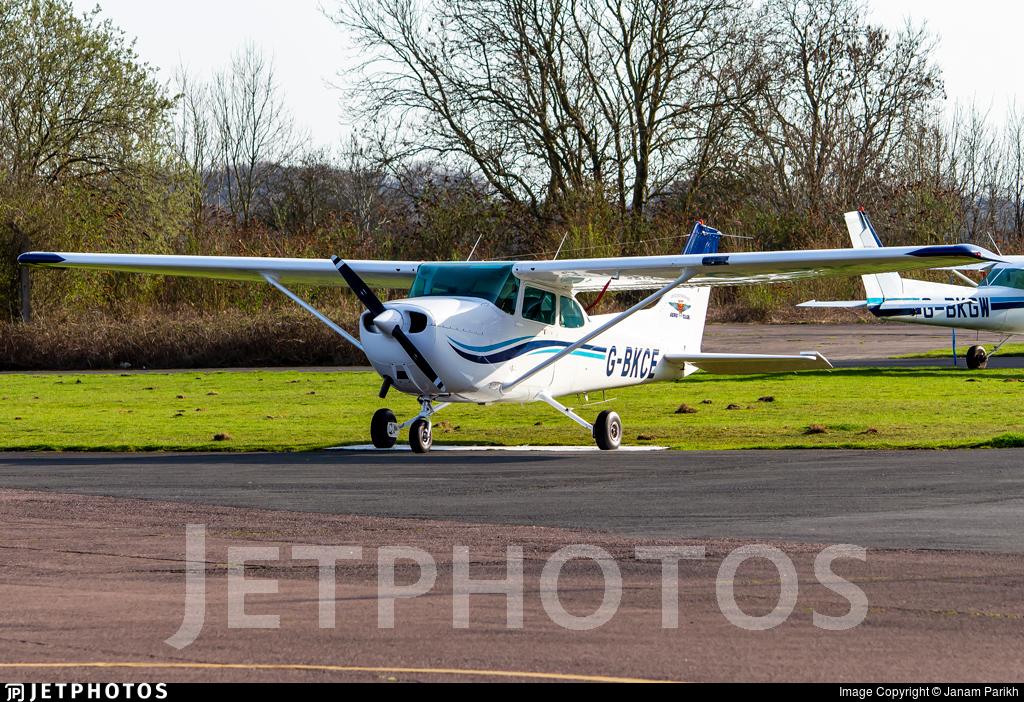 G-BKCE - Reims-Cessna F172P Skyhawk II - Leicestershire Aero Club