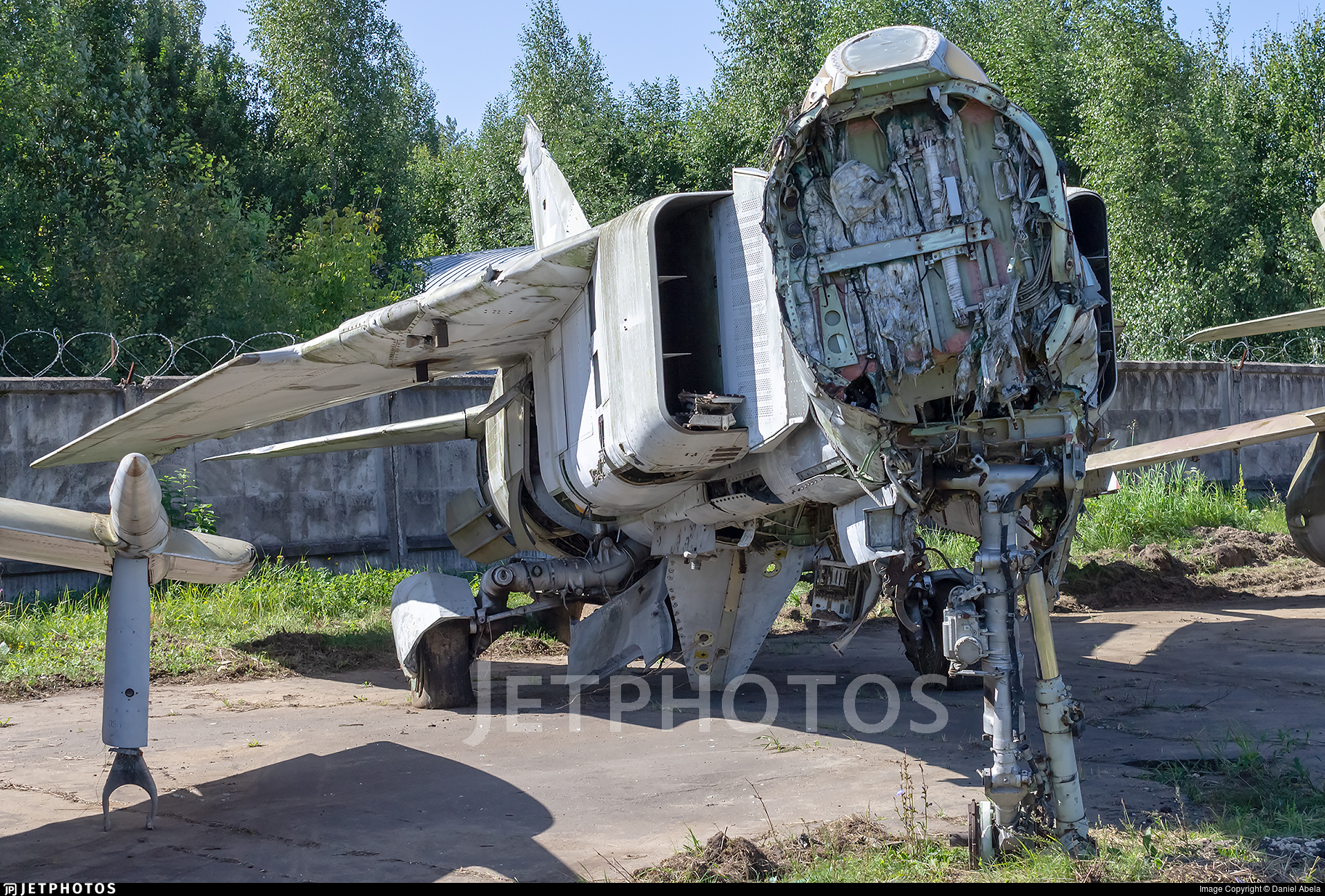 125 - Mikoyan-Gurevich MiG-23ML Flogger G - Soviet Union - Air Force