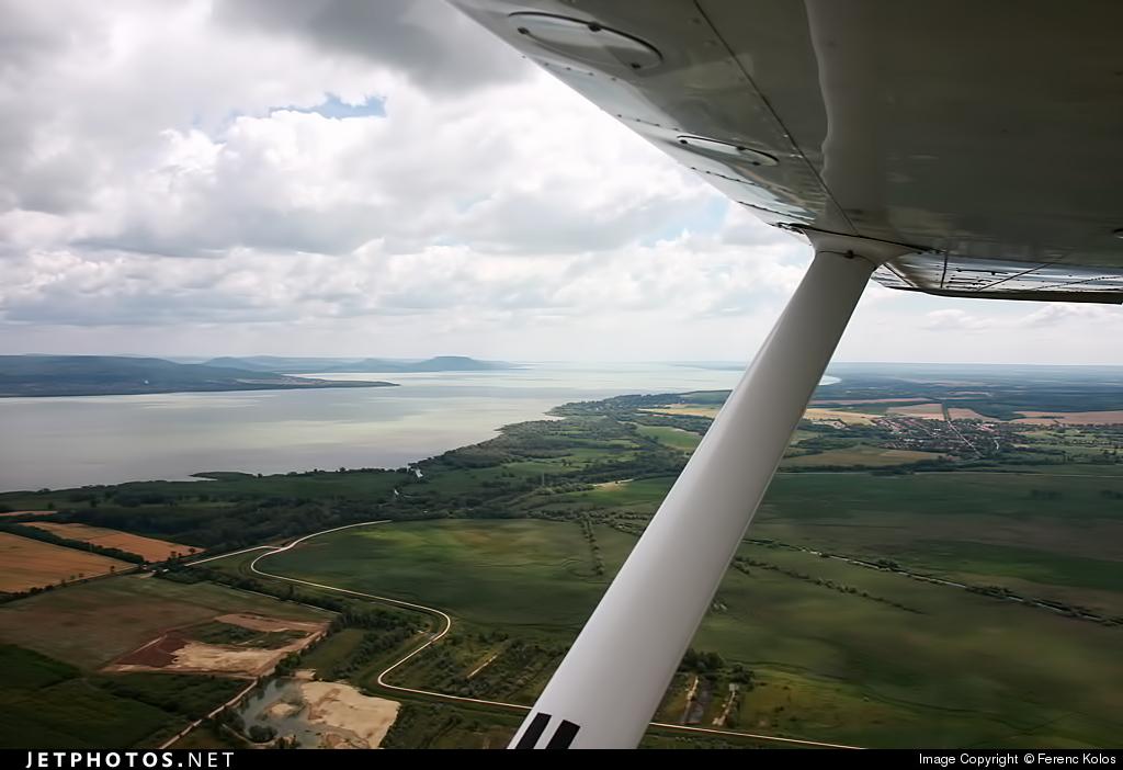 HA-SLB - Cessna 172N Skyhawk II - Private