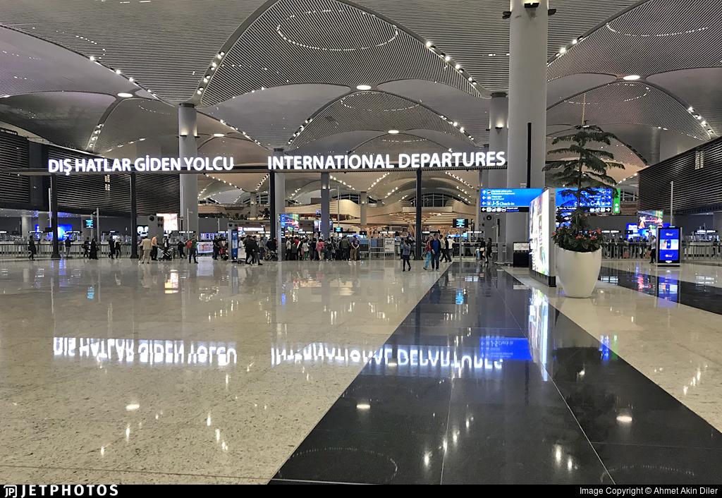 LTFM - Airport - Terminal