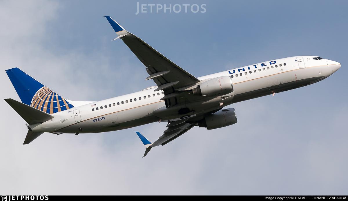 N76519 - Boeing 737-824 - United Airlines