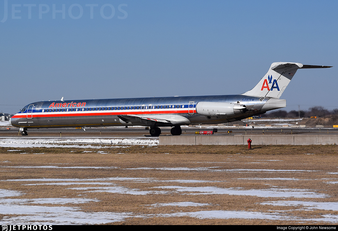 N9615W - McDonnell Douglas MD-83 - American Airlines