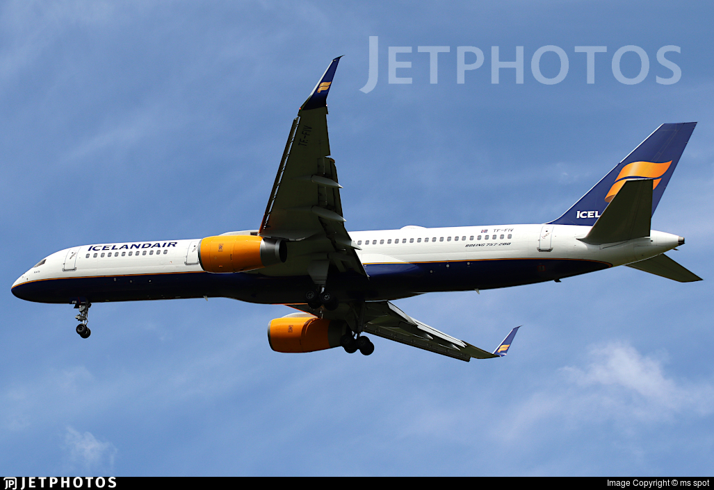 TF-FIV - Boeing 757-208 - Icelandair