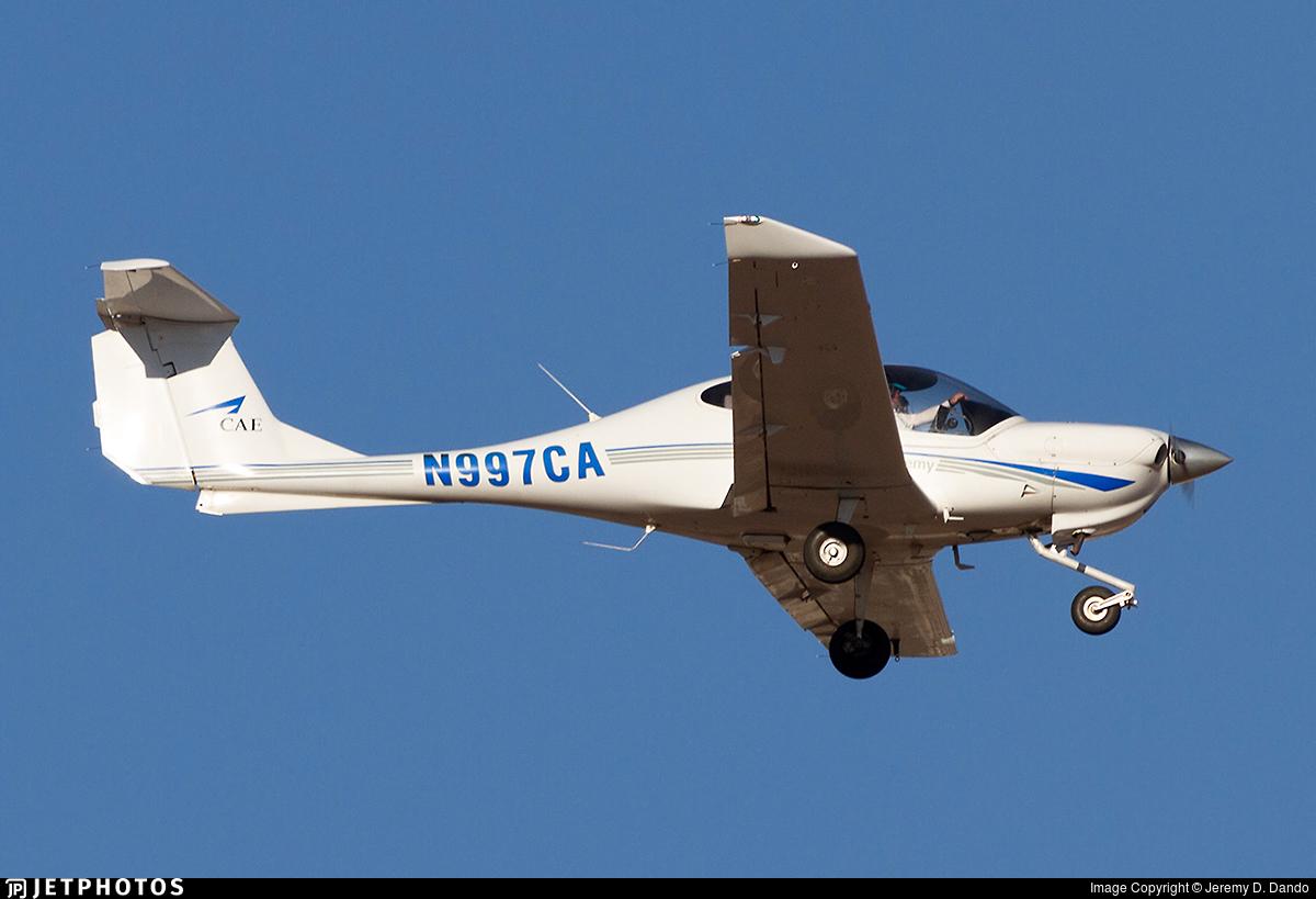 N997CA - Diamond DA-40 Diamond Star - CAE Oxford Aviation Academy