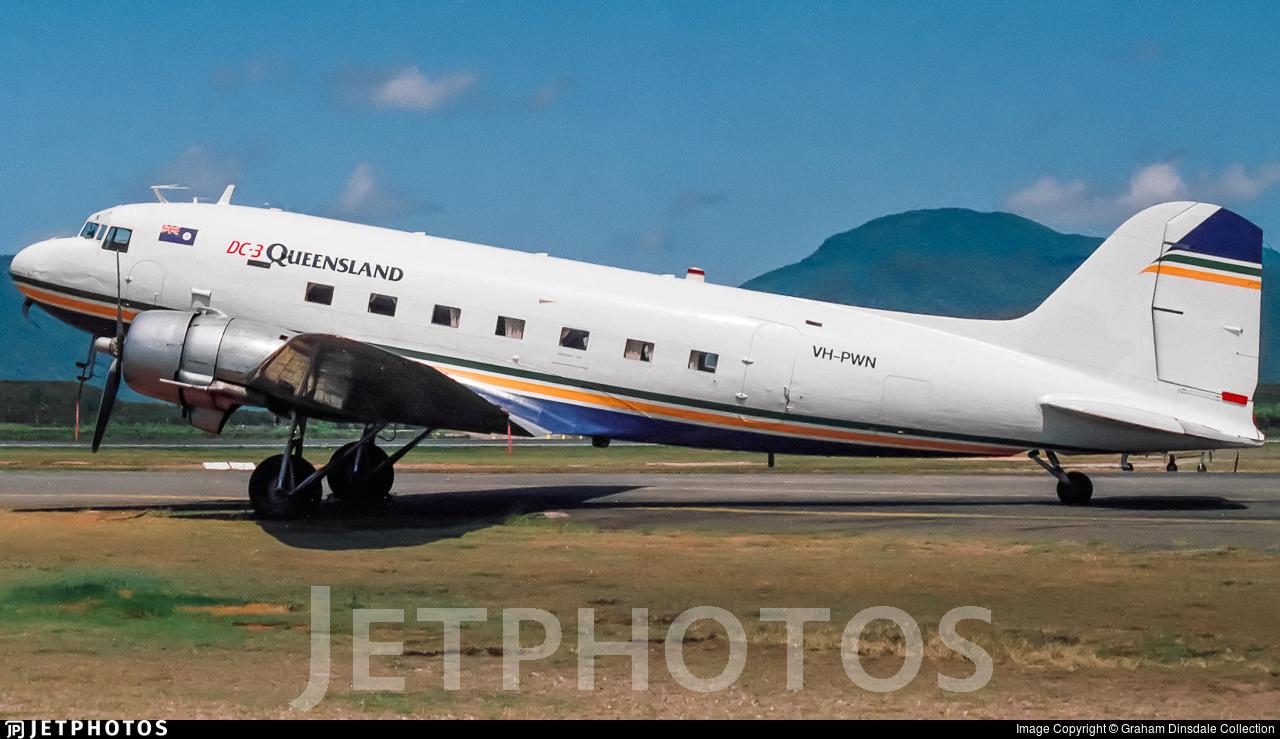 VH-PWN - Douglas DC-3C - Air Queensland