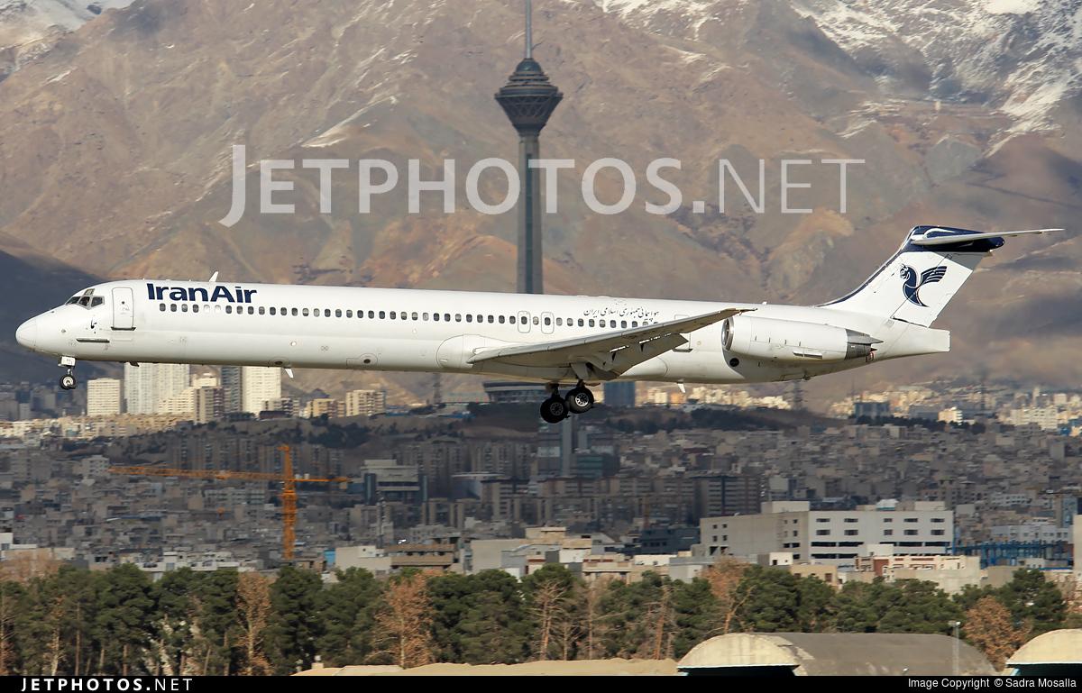 UR-BXI - McDonnell Douglas MD-82 - Iran Air