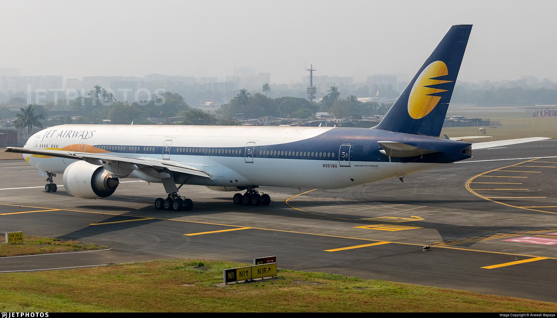 N351BU - Boeing 777-35RER - Jet Airways