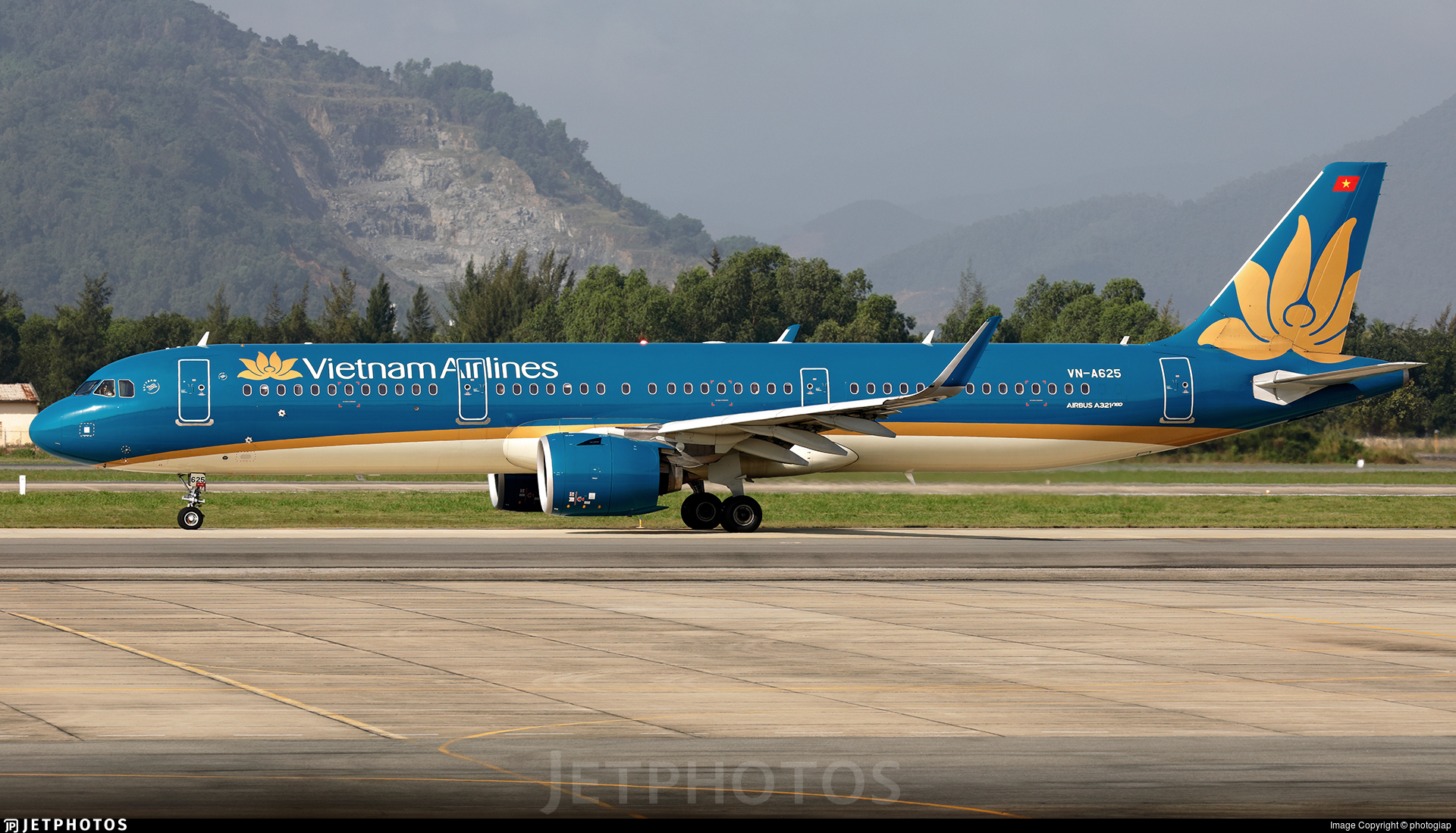 VN-A625 - Airbus A321-272N - Vietnam Airlines