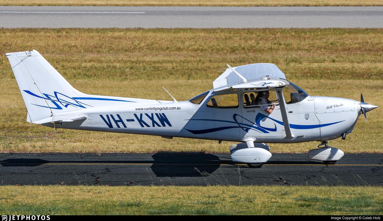 VH-KXW - Cessna 172S Skyhawk SP - Curtin Flying Club