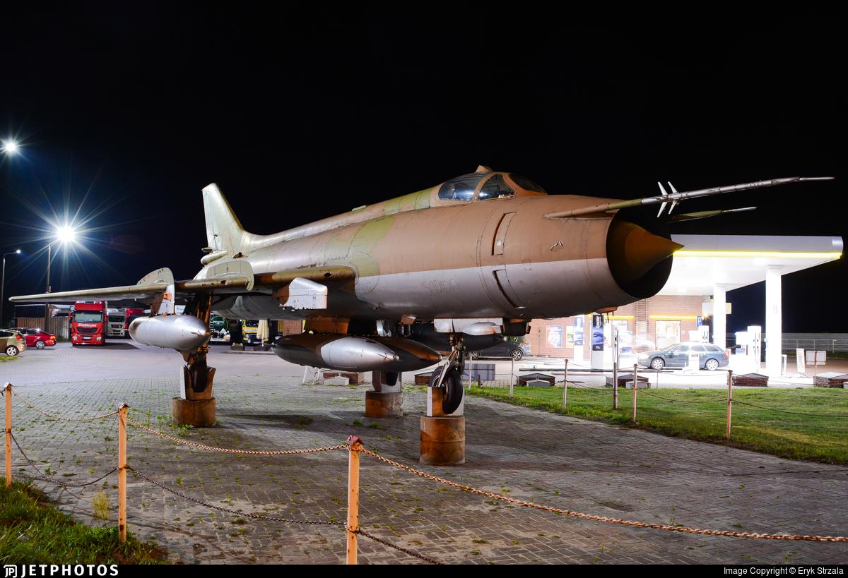 6256 - Sukhoi Su-20R Fitter C - Poland - Air Force