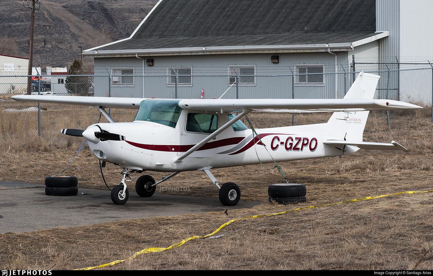 C-GZPO - Cessna 152 - Canadian Flight Centre