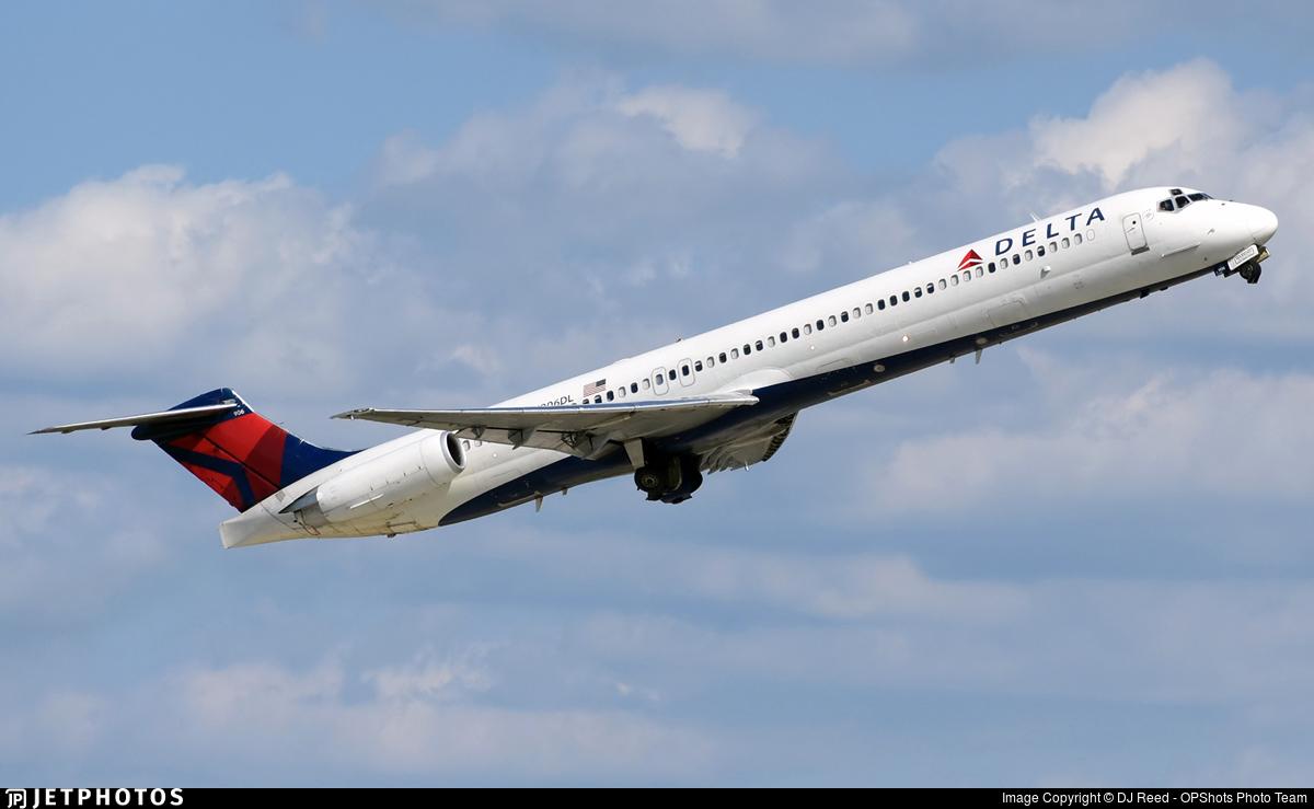 N906DL - McDonnell Douglas MD-88 - Delta Air Lines