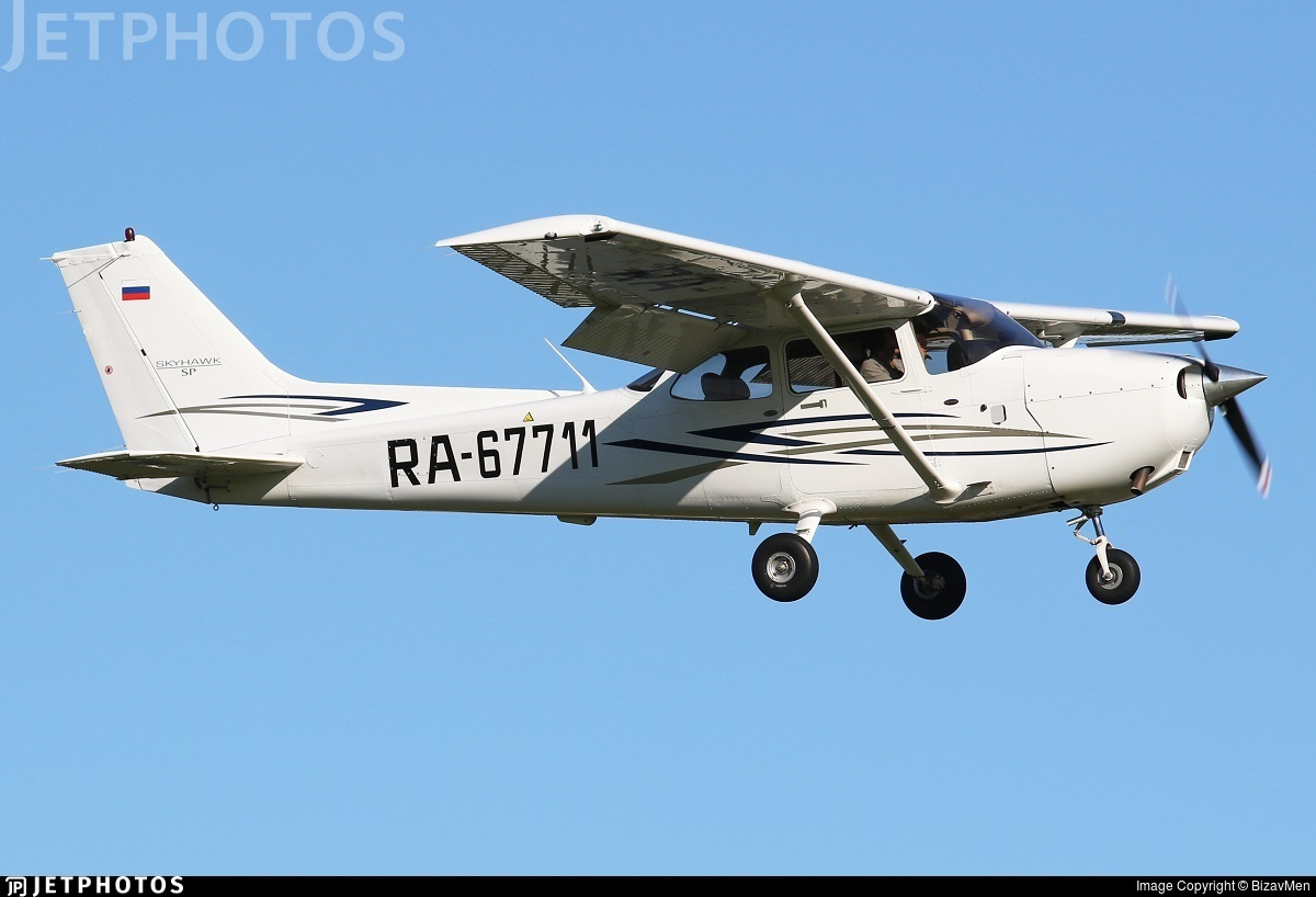 RA-67711 - Cessna 172S Skyhawk SP - Private