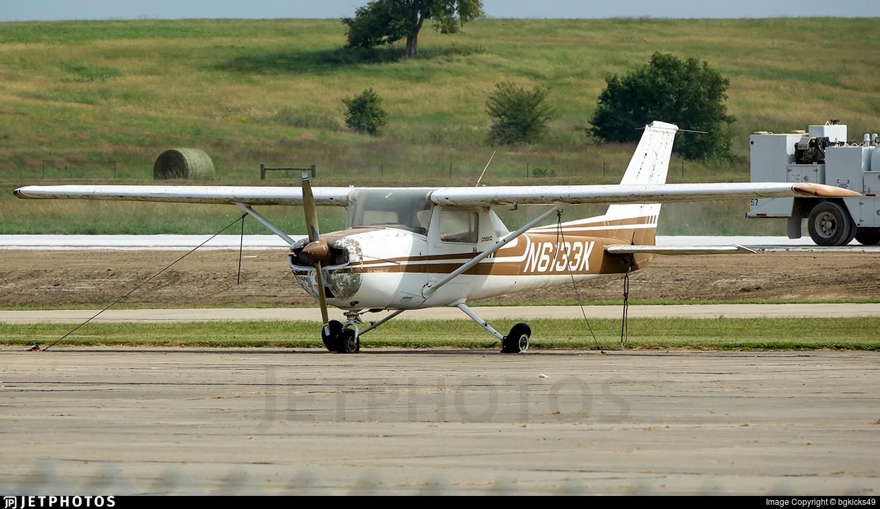 N6133K - Cessna 150M - Private