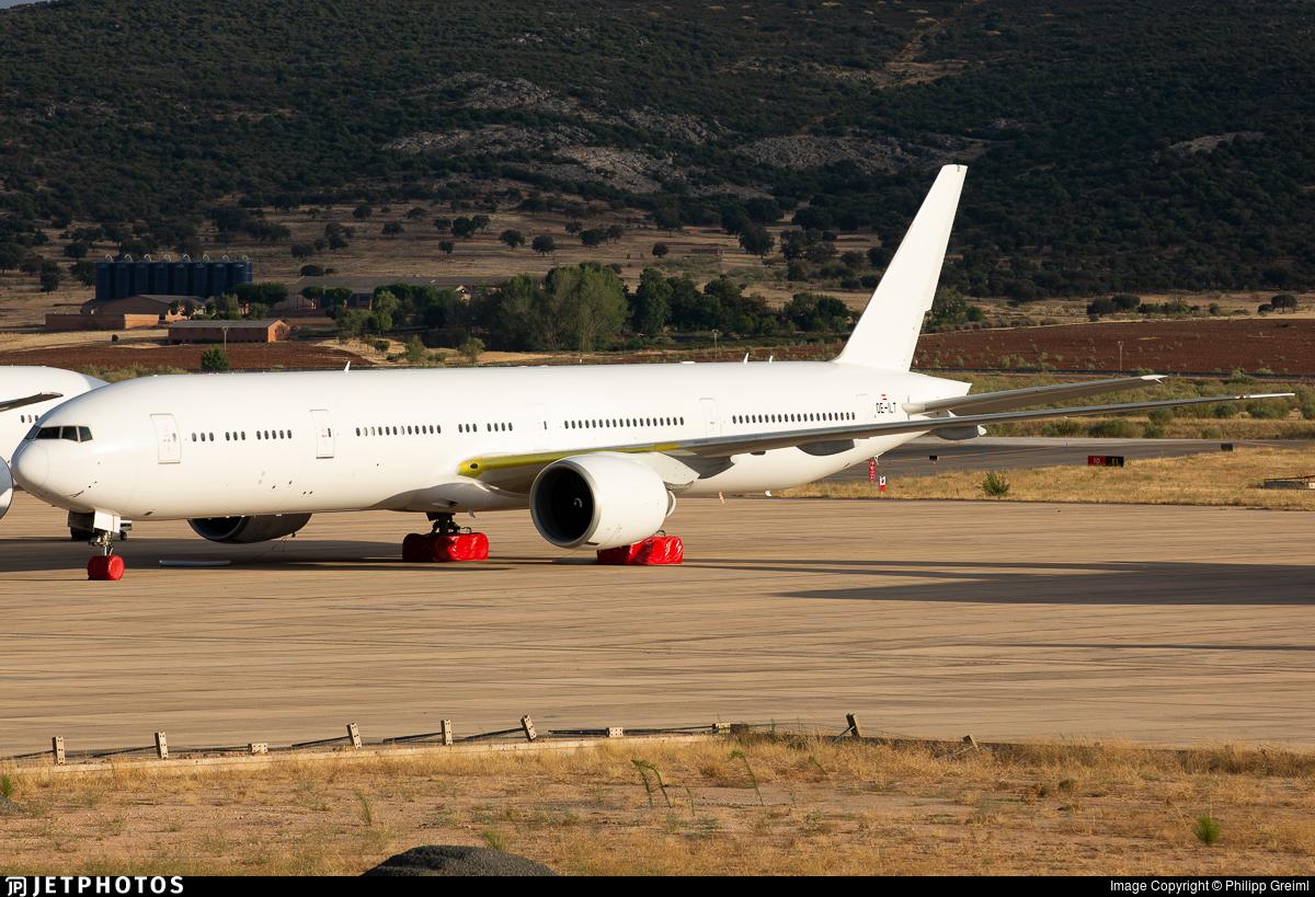 OE-ILT - Boeing 777-36NER - Untitled