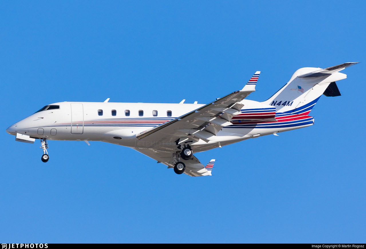 N44M - Bombardier BD-100-1A10 Challenger 300 - Private