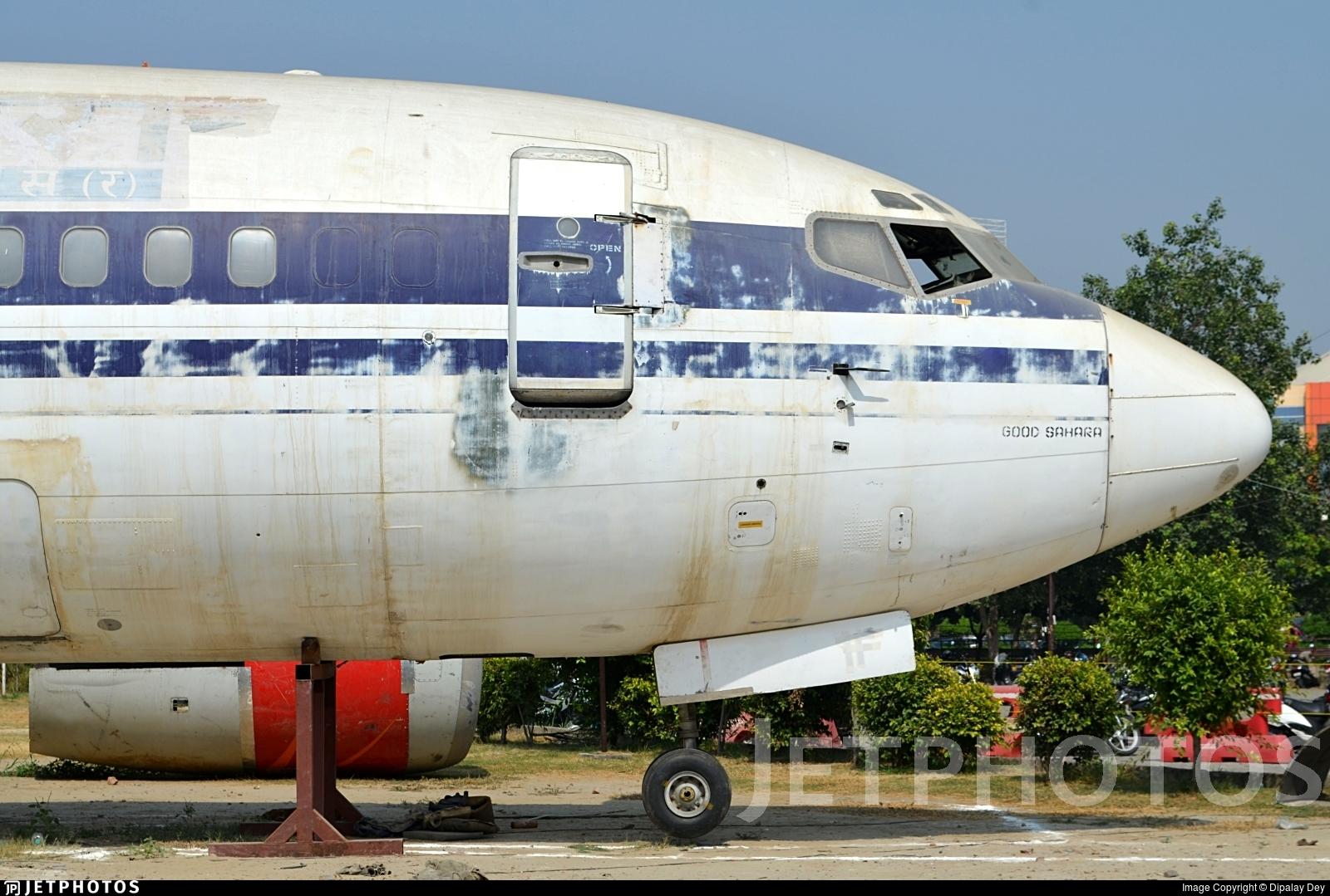 VT-SIF - Boeing 737-2K9(Adv) - Air Sahara