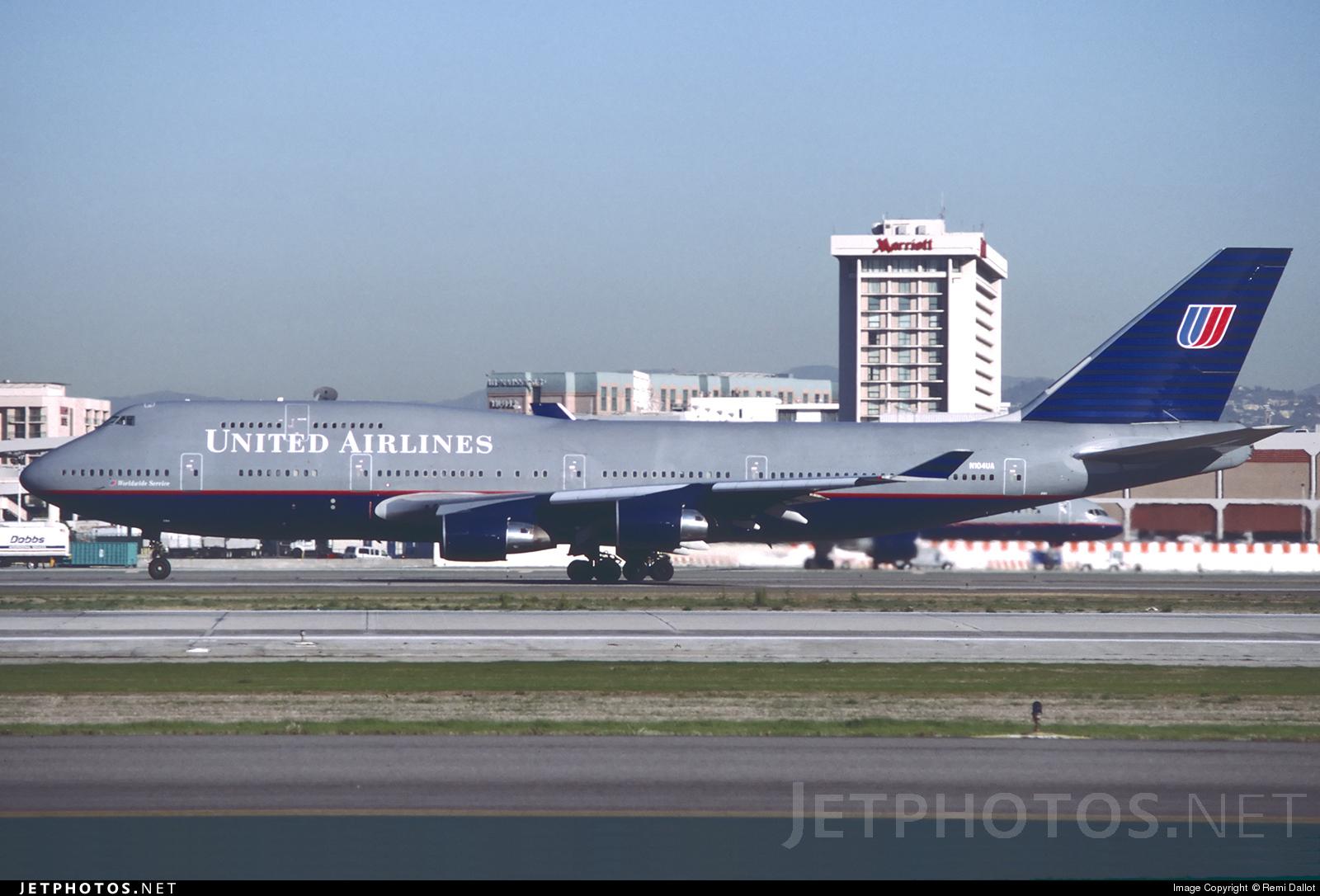 N104UA - Boeing 747-422 - United Airlines
