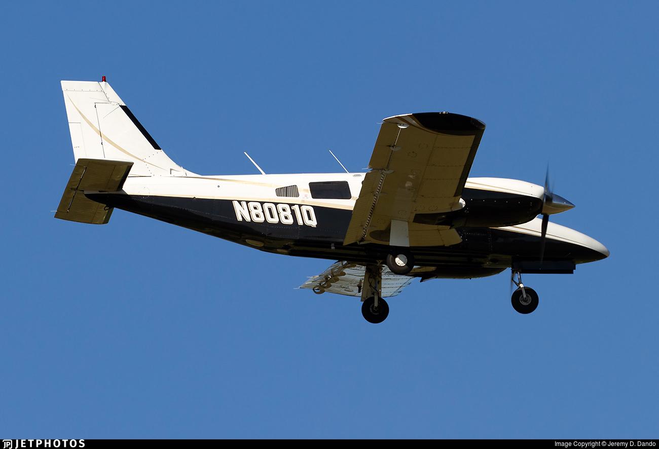 N8081Q - Piper PA-34-220T Seneca III - Private