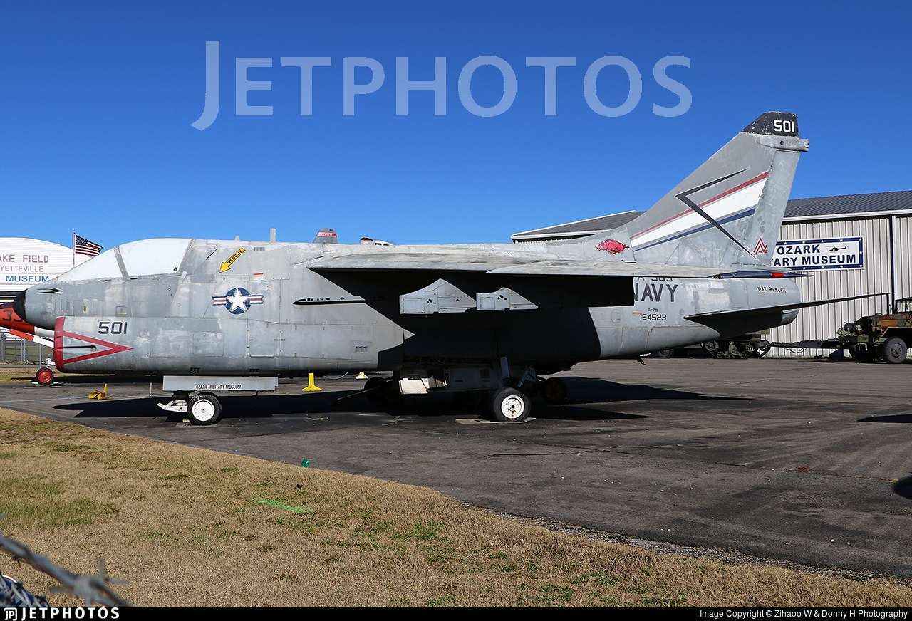 154523 - LTV A-7A Corsair II - United States - US Navy (USN)