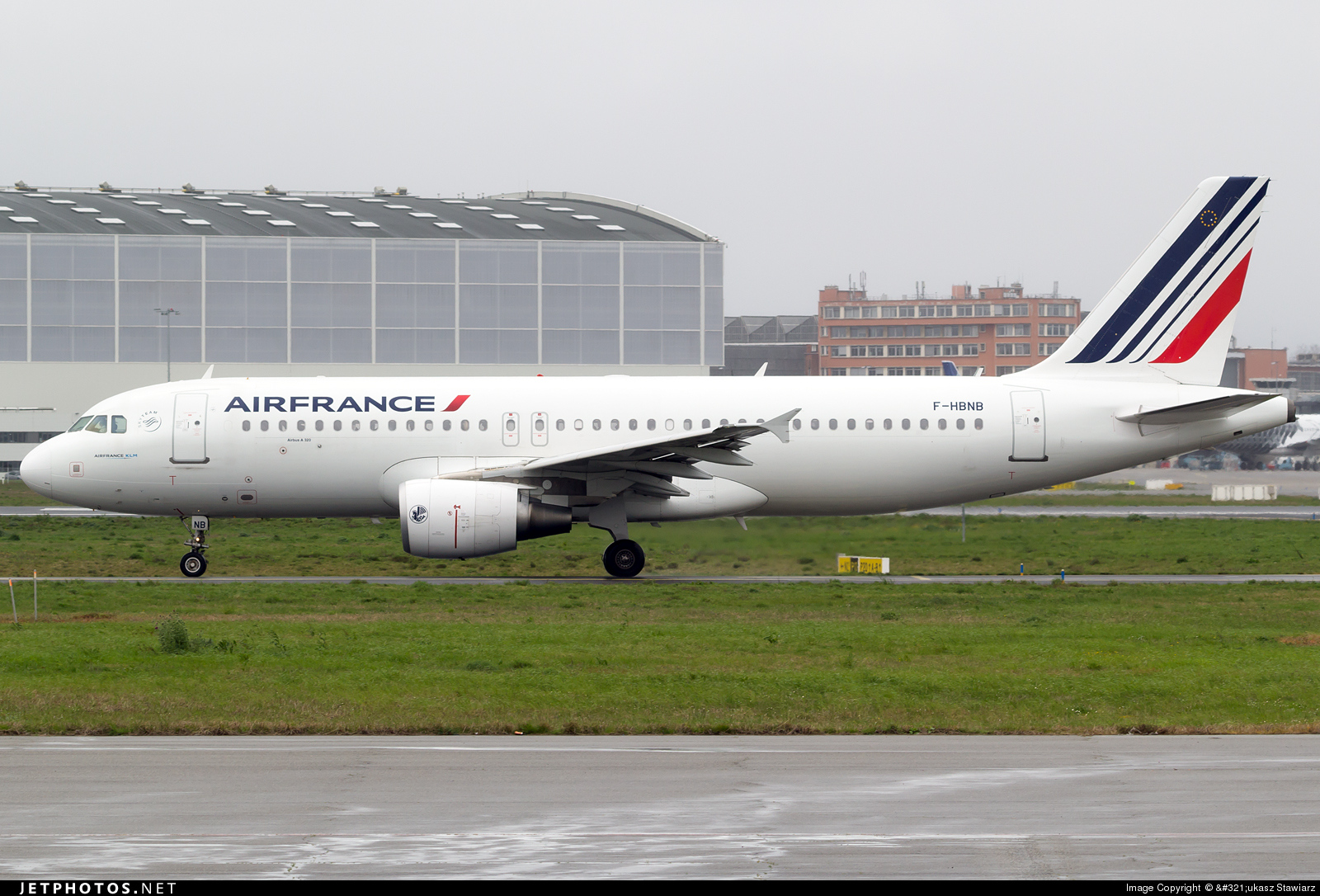 F hbnb airbus a320 214 air france ukasz stawiarz for Airbus a320 air france interieur