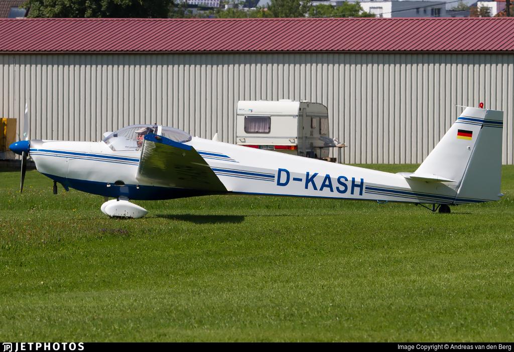 D-KASH - Scheibe SF.25C Falke - Flugschule Michael Bergmann