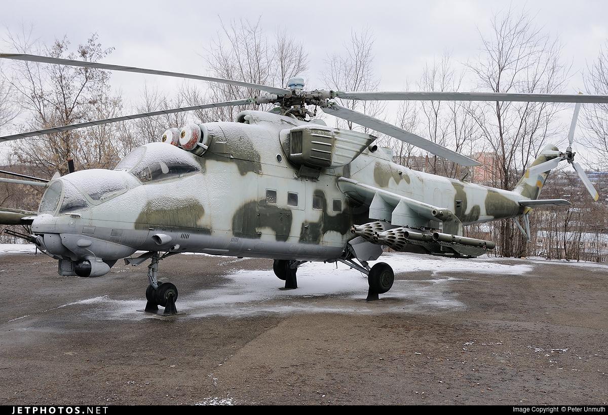 10 - Mil Mi-8T Hip - Russia - Air Force
