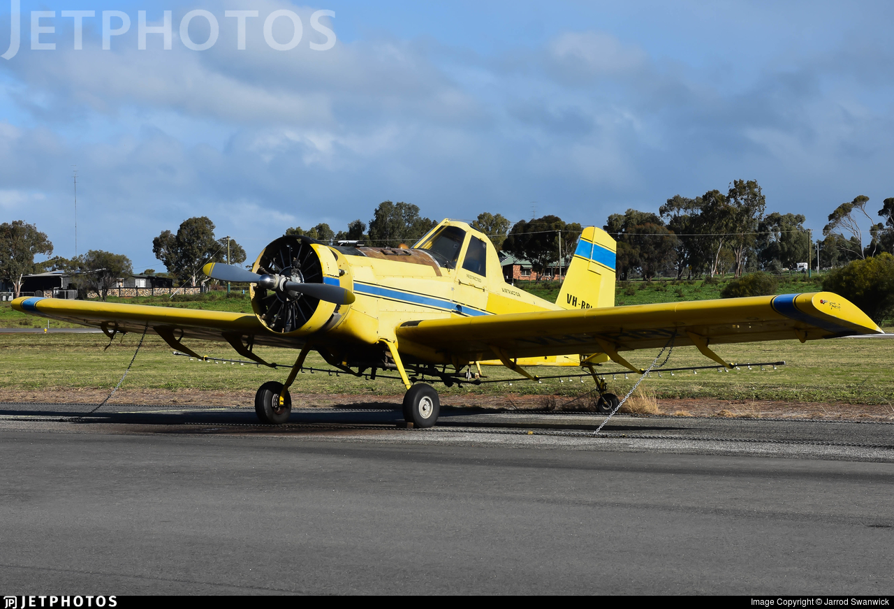 VH-RRI - Air Tractor AT-301A - Private
