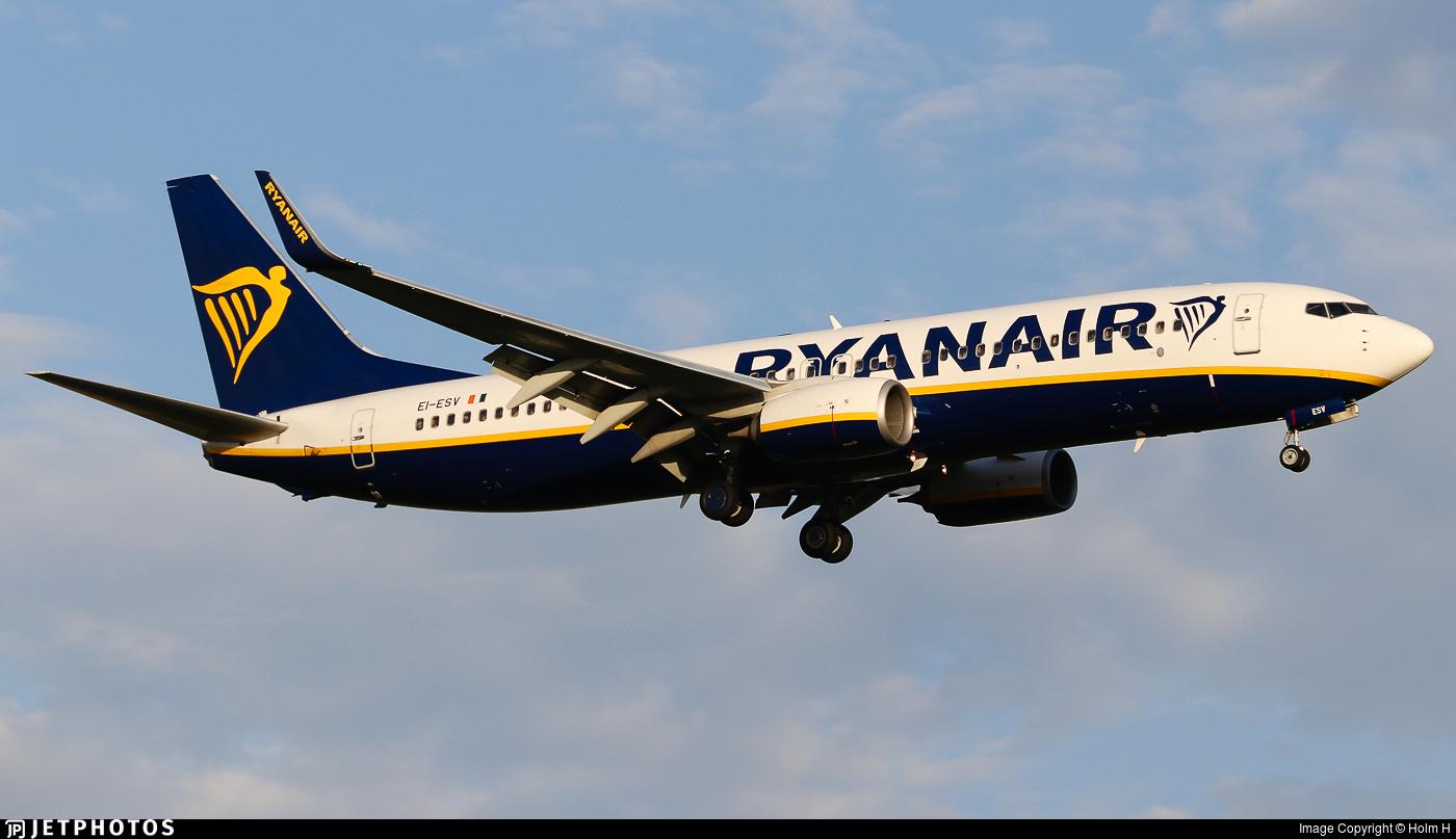 EI-ESV - Boeing 737-8AS - Ryanair