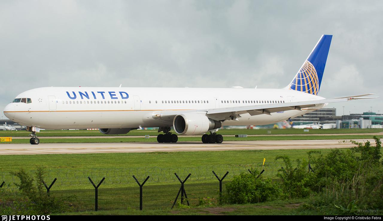 N66057 - Boeing 767-424(ER) - United Airlines