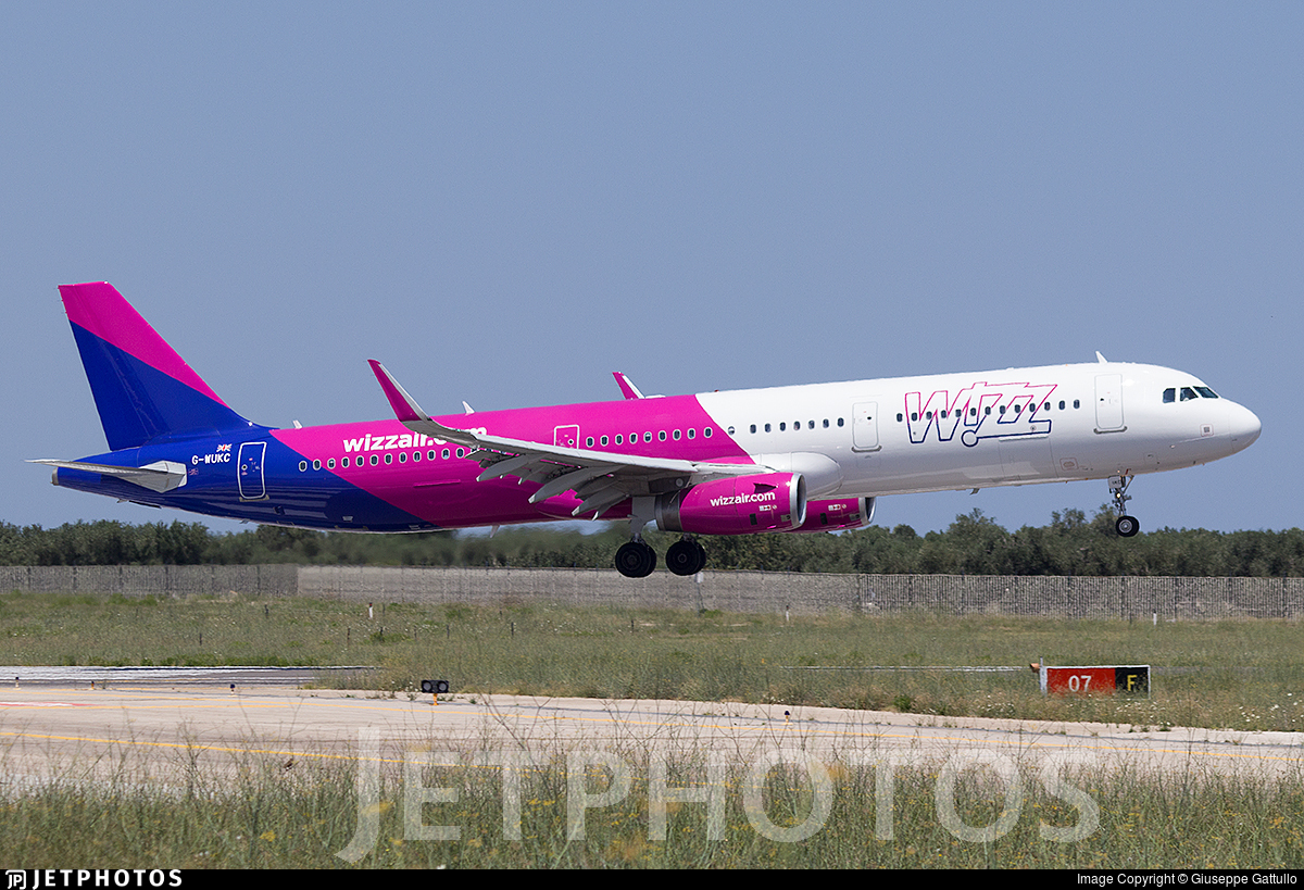 G-WUKC - Airbus A321-231 - Wizz Air UK