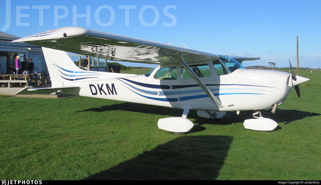 ZK-DKM - Cessna 172M Skyhawk II - Private