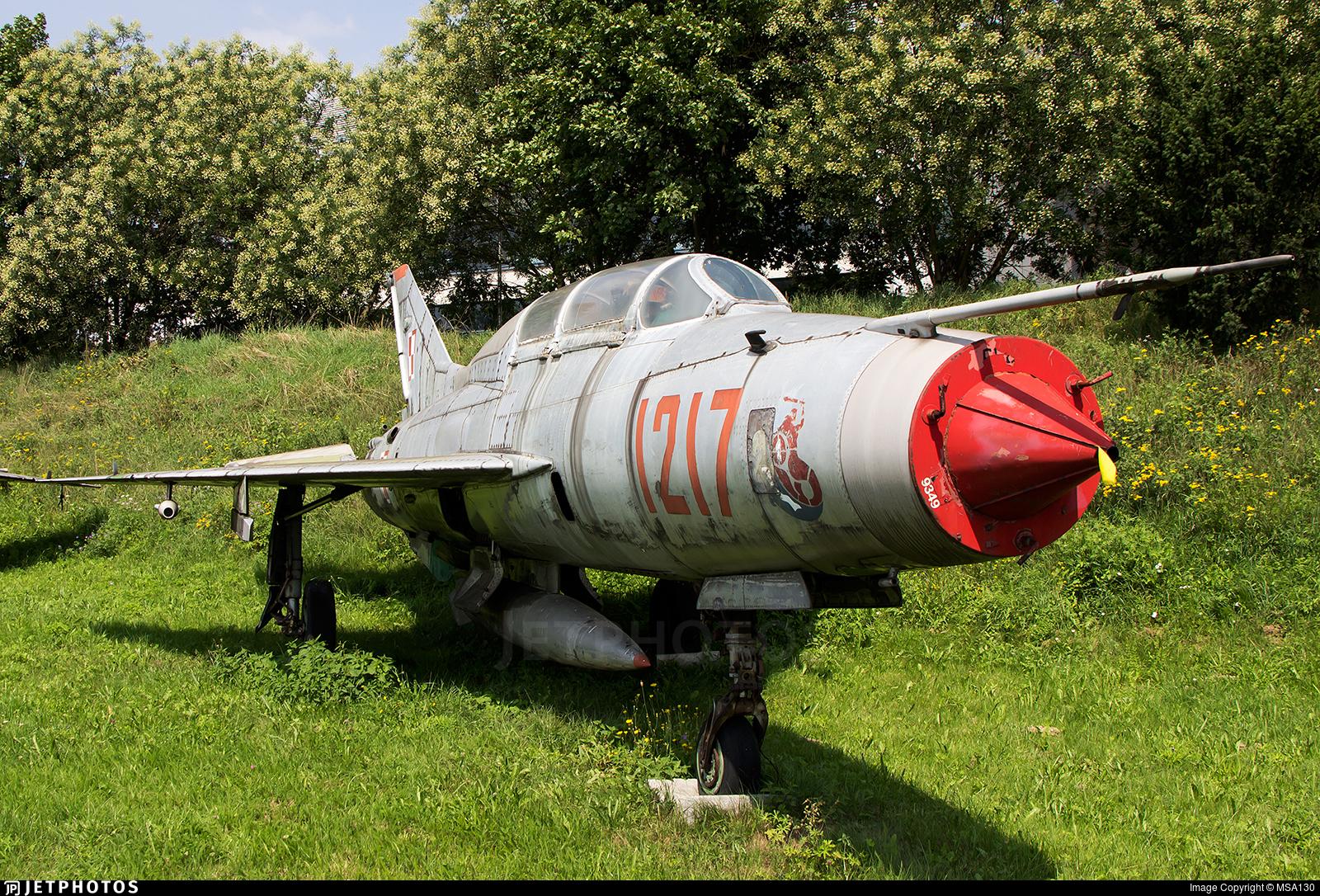 1217 - Mikoyan-Gurevich MiG-21U-400 Mongol A - Poland - Air Force
