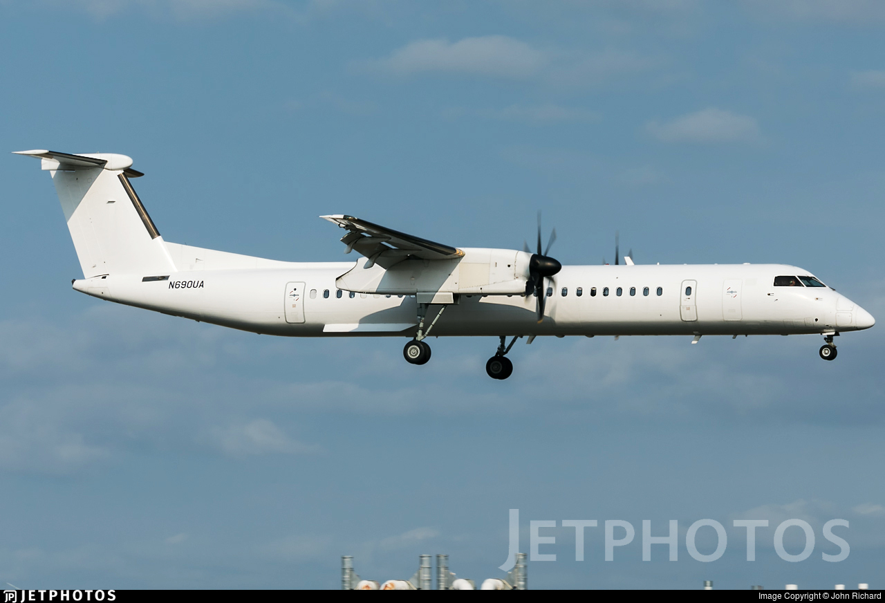 N690UA - Bombardier Dash 8-Q402 - Untitled