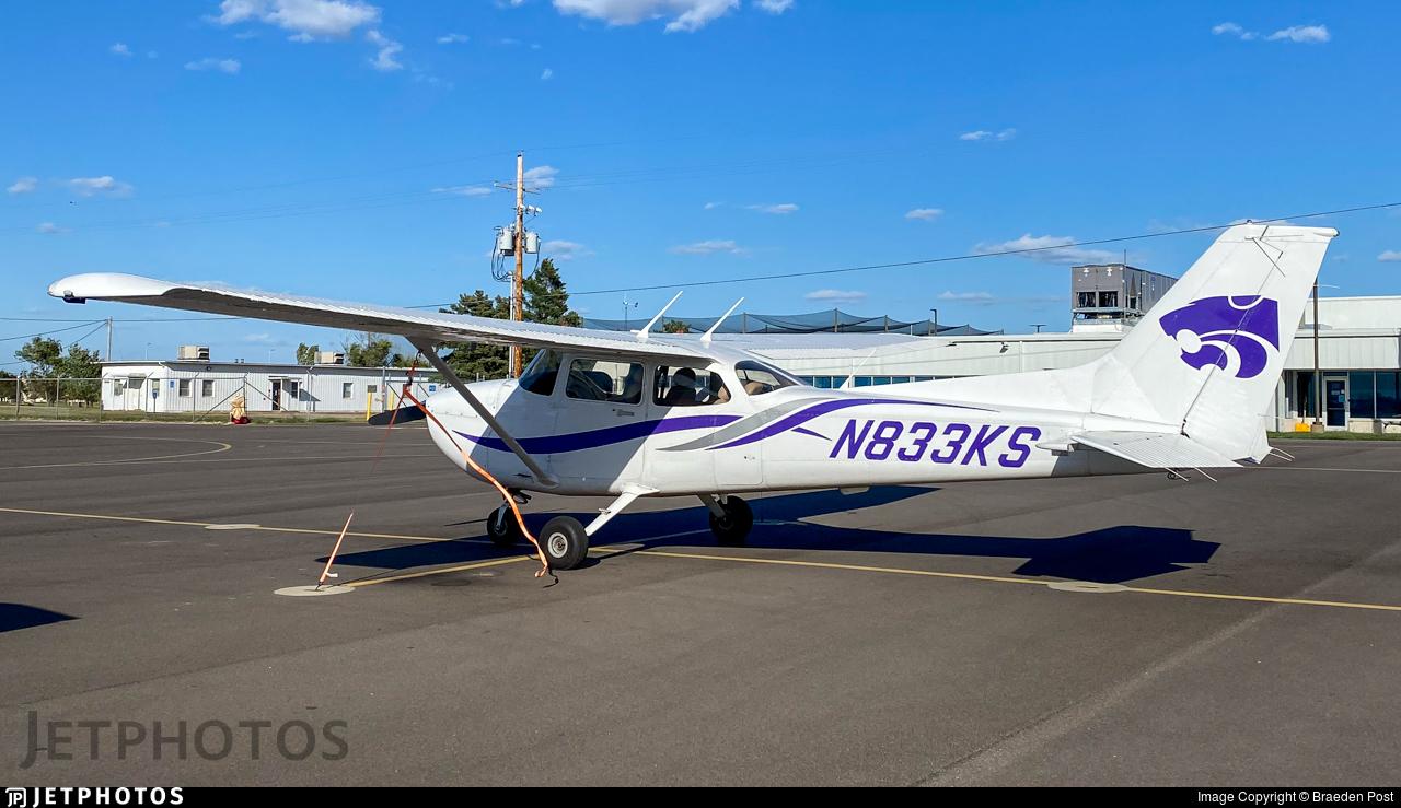 N833KS - Cessna 172S Skyhawk SP - Kansas State University