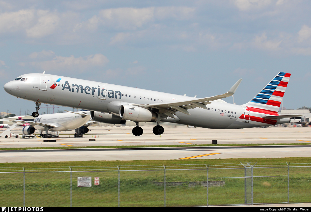 N148AN - Airbus A321-231 - American Airlines