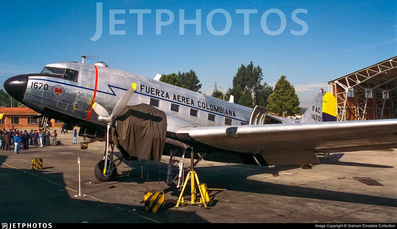 FAC1670 - Douglas C-47A Skytrain - Colombia - Air Force
