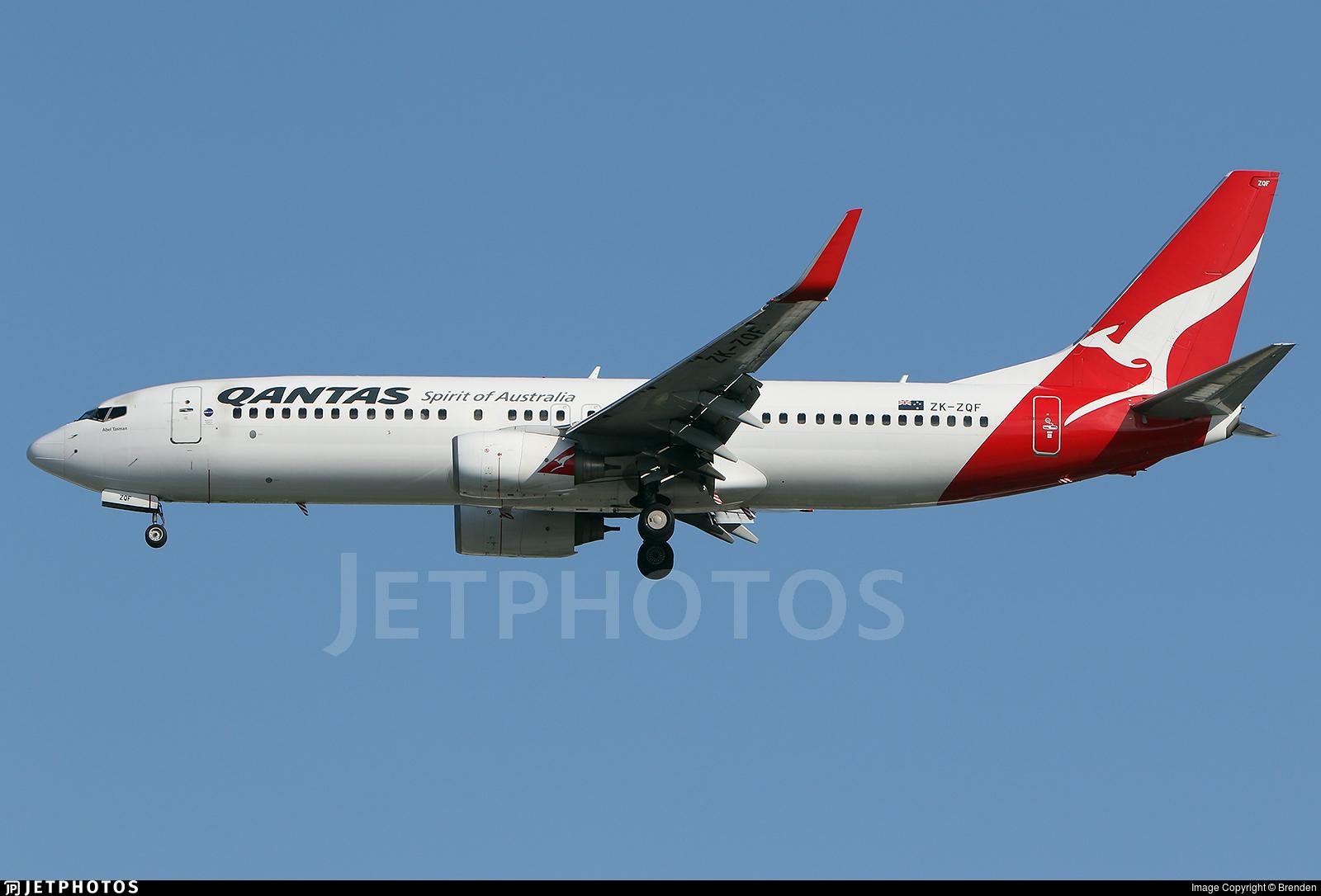ZK-ZQF - Boeing 737-838 - Qantas (Jetconnect)