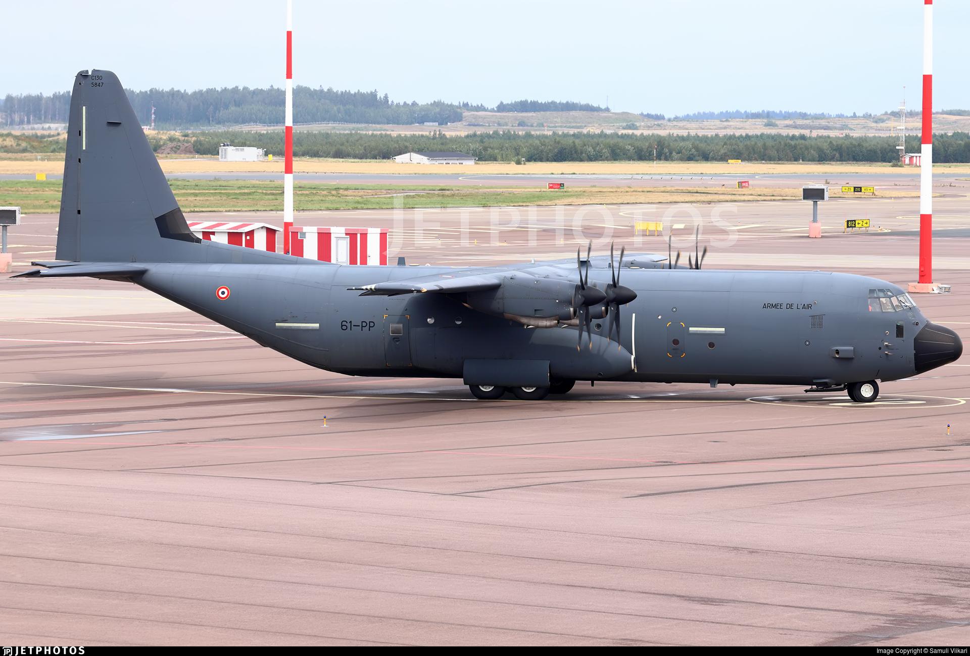 5847 - Lockheed Martin C-130J-30 Hercules - France - Air Force