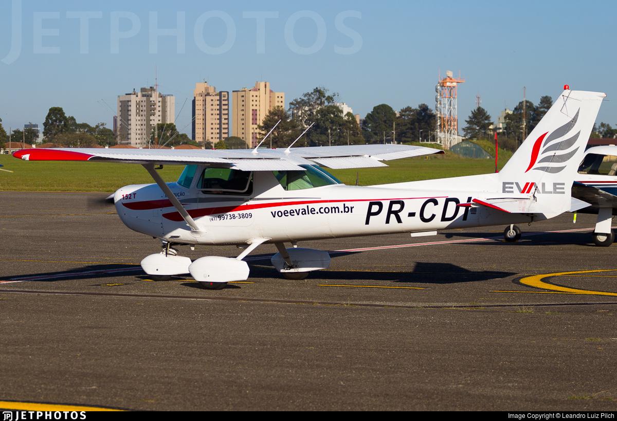 PR-CDI - Cessna 152T - EVALE - Escola de Aviacao