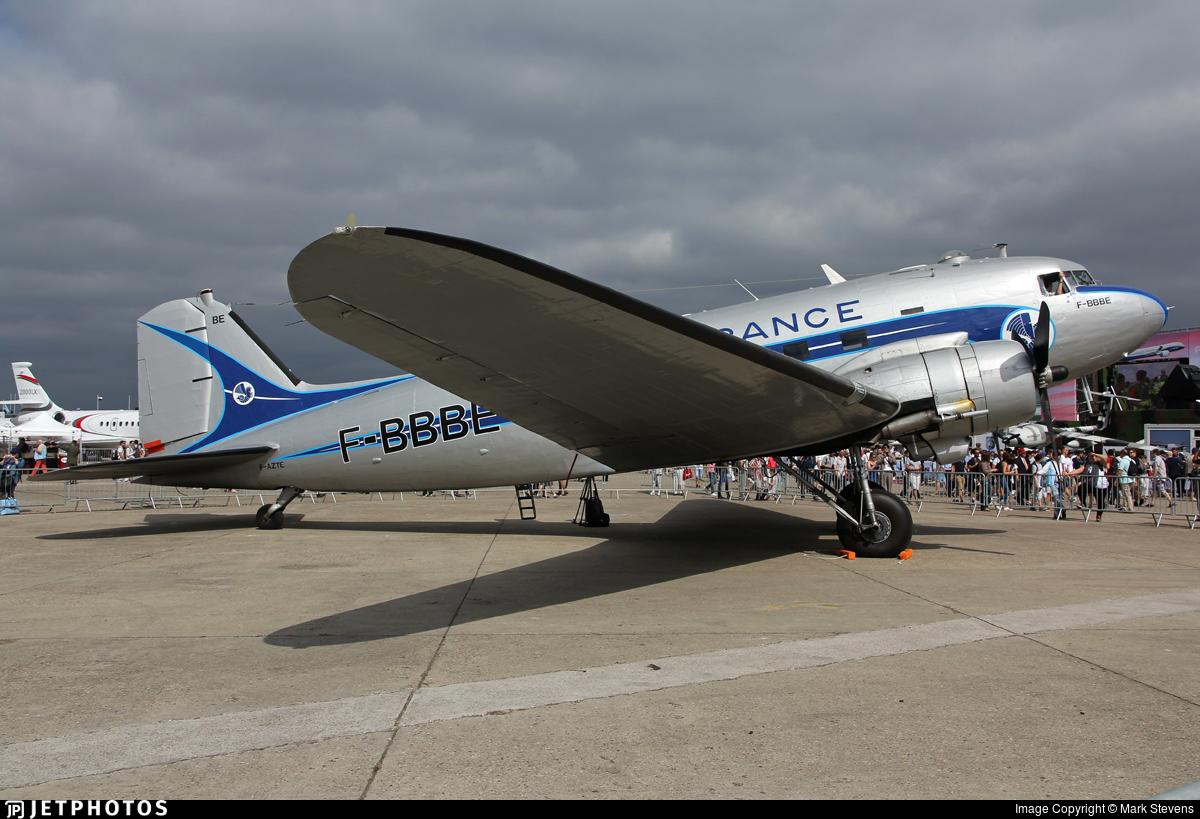F-AZTE - Douglas DC-3 - Private